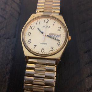 Pulsar Accessories - Vintage men's pulsar watch